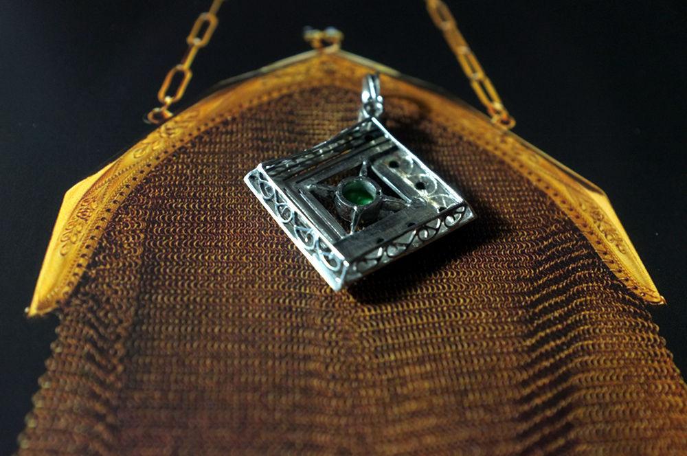 jade platinum pendant